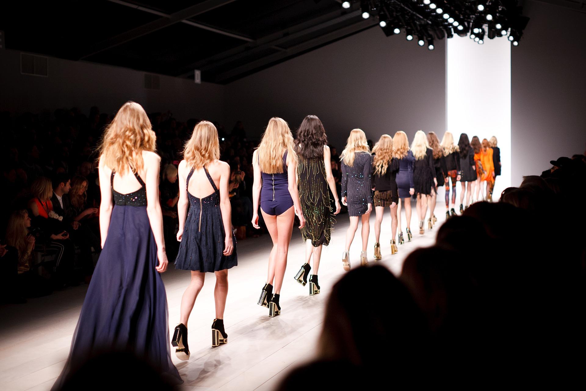 Czym różnią się odzieżowe marki premium od marek ze średniej półki?
